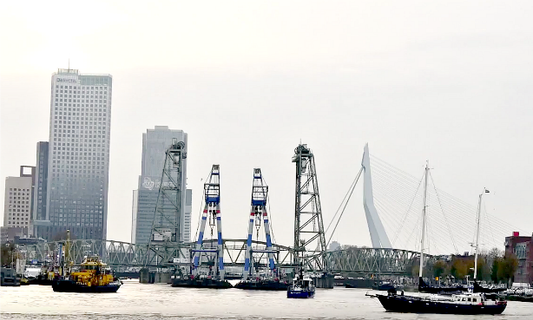 Rotterdam's historic bridge finally complete