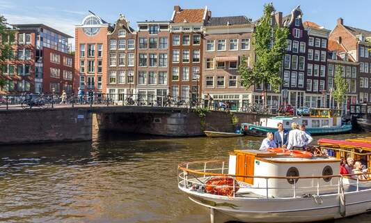 How to find temporary accommodation in Amsterdam