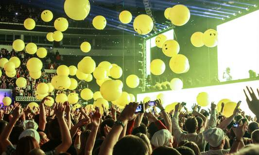 Armin van Buuren heads Dutch government's top 150 songs hit list