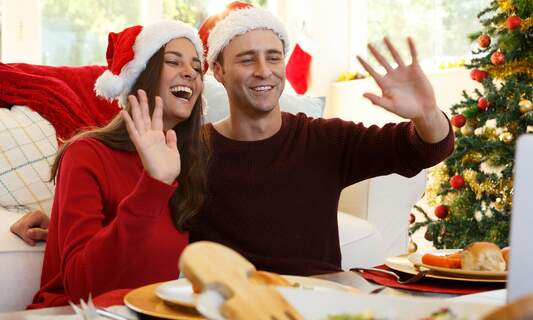 How to host a COVID-proof dinner this holiday season