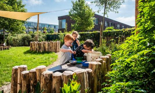 De Kleine Wereld: Your partner in child-rearing
