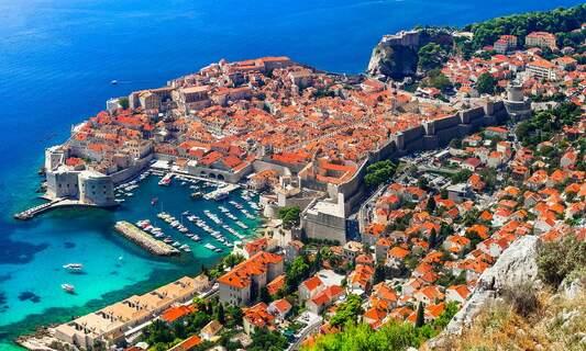 Dutch government tightens travel advice for 3 European destinations