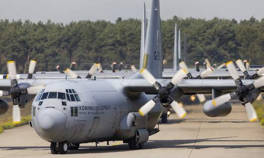 The Netherlands sends plane to Afghanistan to collect Dutch diplomats
