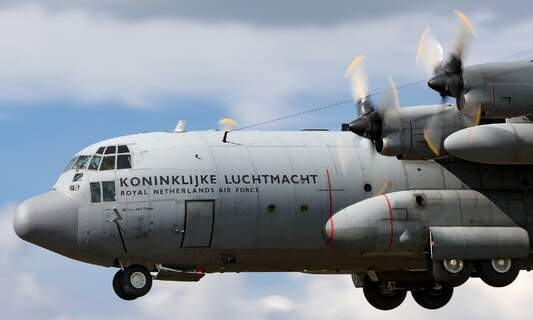Military aircraft returns from Afghanistan without any Dutch