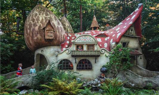 [Video] The History of Efteling
