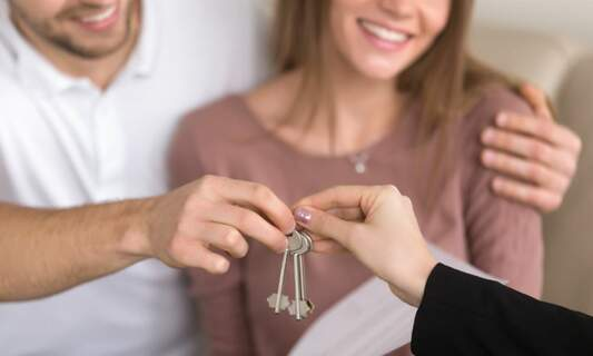 Mortgage news: Outbidding & more possibilities for double-income couples