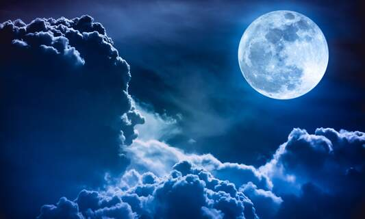 Wolf Moon and penumbral lunar eclipse tomorrow in the Netherlands