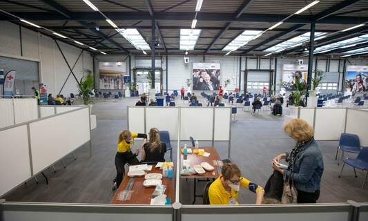 GGD closes large number of vaccination centres in the Netherlands