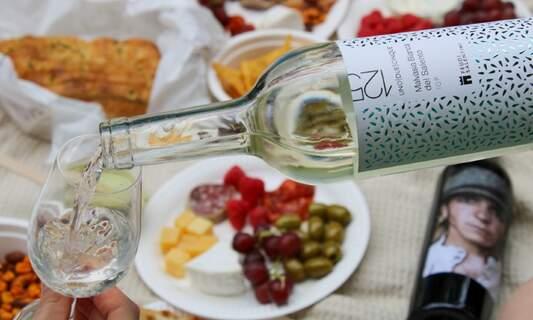 Keep exploring new wines - Grapeful Club makes it easy