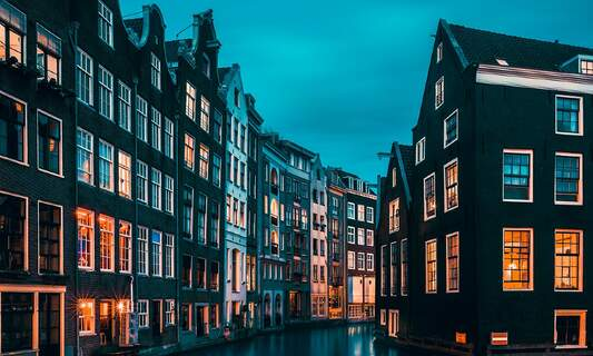 Is the return of expats driving up rent prices in Amsterdam?