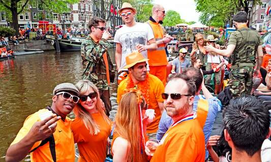 Participate in a survey about feeling at home in the Netherlands in 2021