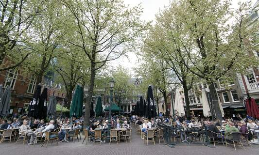 Amsterdam bars call for extended terraces to stay throughout winter