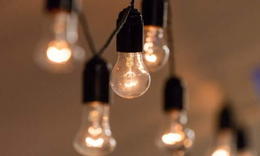 5 tips for improving your lighting when working from home