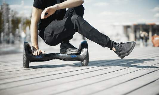 """E-skateboards and other """"toys"""" banned from Dutch public roads"""