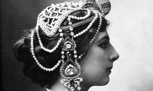 Mata Hari: Undercover spy or double agent?