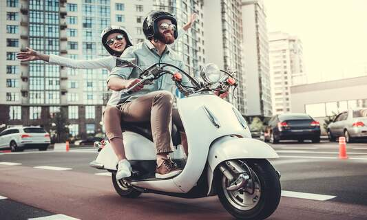 Helmets will soon be made compulsory for moped riders across the Netherlands