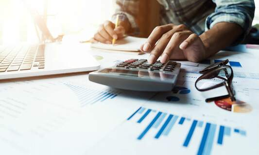 Offset your US tax liabilities with a solid investment strategy