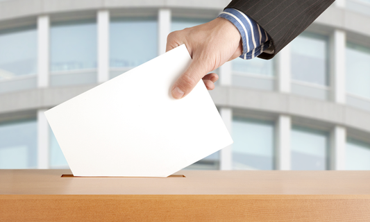 Who can vote in Dutch municipal elections?