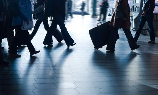 How traveling and your expat assignment can advance your international identity