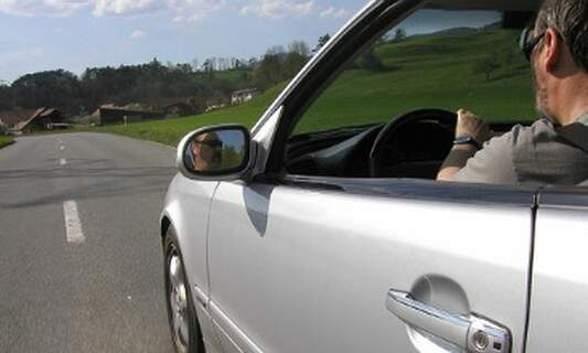 Listening to music whilst driving can help motorists