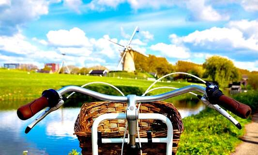 6 multi-day cycling trips in the Netherlands
