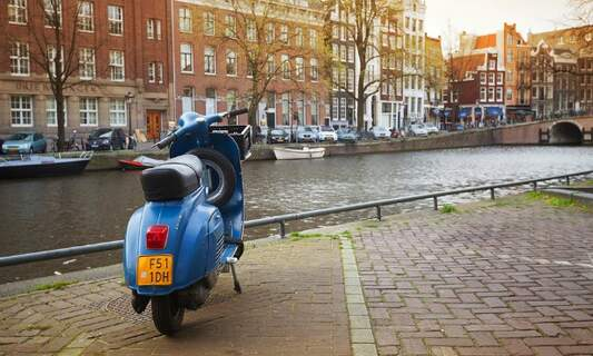Amsterdam  to launch public transport e-scooters
