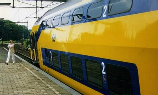 Train service between The Hague and Brussels returns
