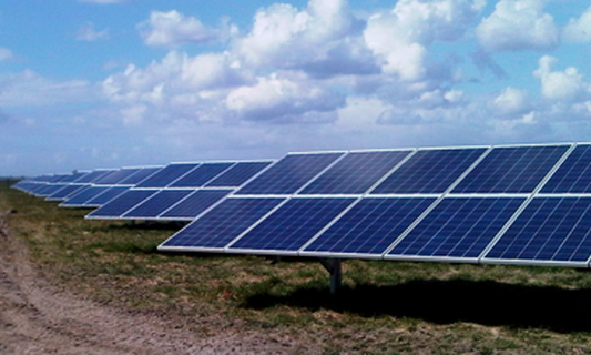 Schiphol gives large-scale solar energy a trial run