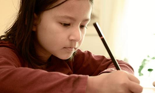 Miscommunication causes problems between migrant parents & teachers