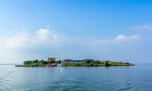 Amsterdam acquires a new island