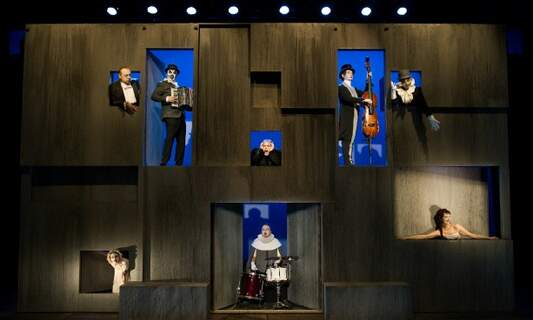 Win two double tickets to 'Hamlet' by Theater Republique & The Tiger Lillies!