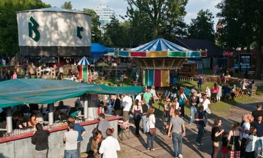 Win four double tickets to De Parade theatre festival in Utrecht & Amsterdam!
