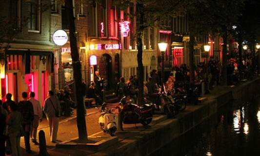 Amsterdam wants to clean up its inner city