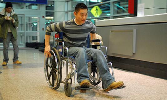 Handbikes reduce injuries to wheelchair users