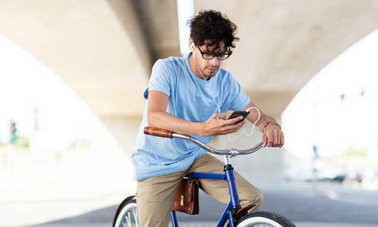 It's coming... A smartphone ban for cyclists