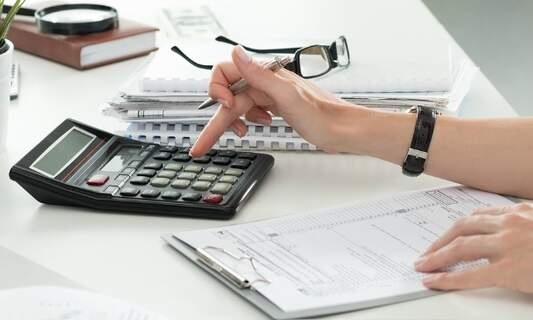 8 essential tax tips for expats in the Netherlands