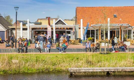OMT asks Dutch government not to rush into relaxing restrictions