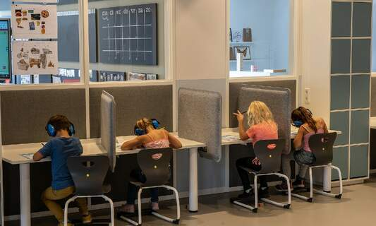 Dutch government announces additional measures for reopening schools