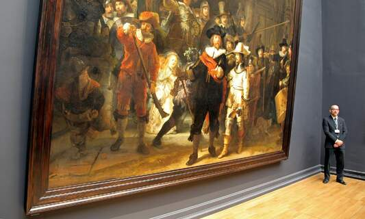 Rembrandt's Night Watch is on display in its original size, thanks to artificial intelligence