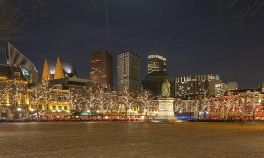 Amsterdam vs The Hague: Which Dutch city is the best for expats?