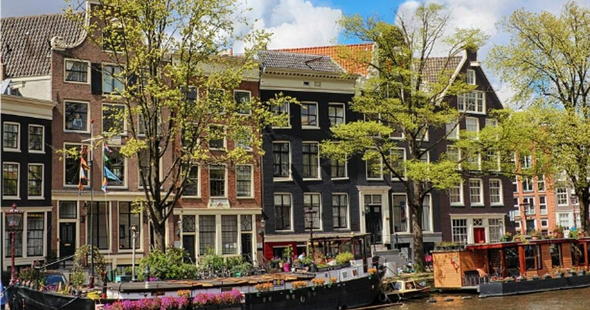 How to manage your dutch apartment while living abroad for Dutch real estate websites
