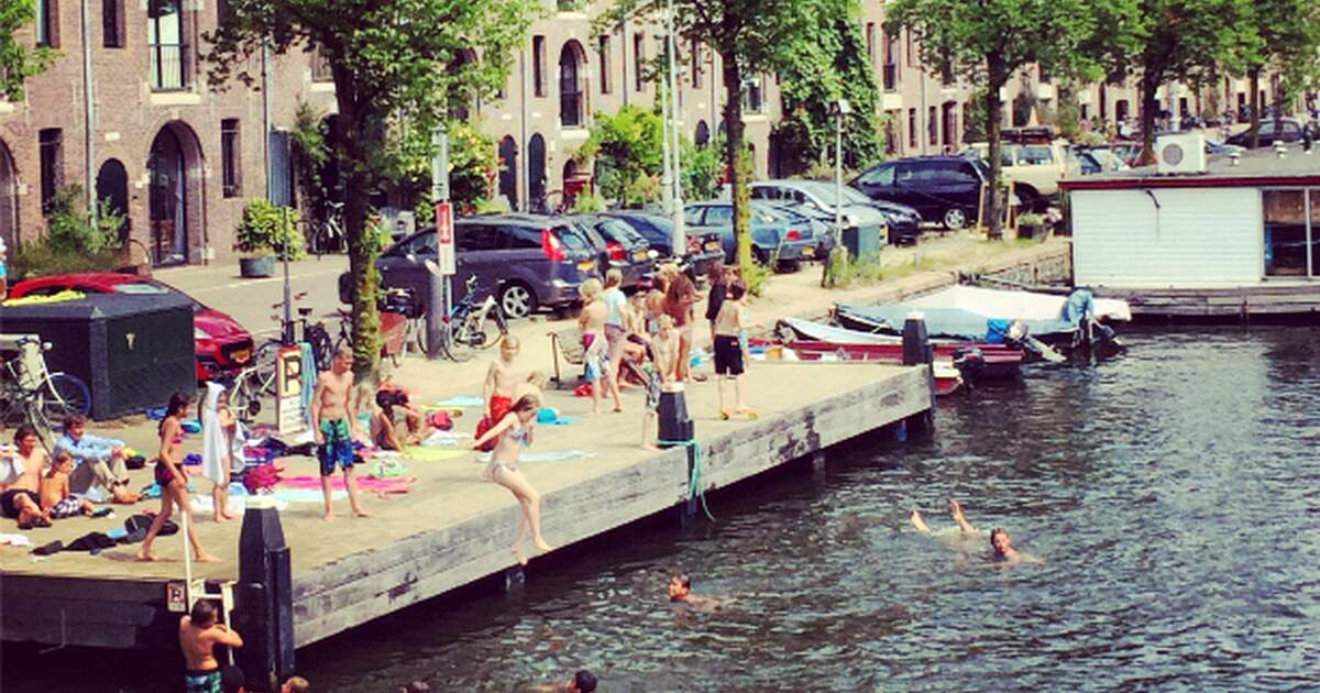 Are Amsterdam S Canals Clean Enough To Swim In