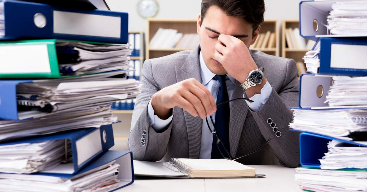 https://www.iamexpat.nl/sites/default/files/styles/ogimage_thumb/public/sharon_how_to_deal_with_stress_at_work.jpg