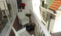 Apartment in 17th century Canal House - stellar view (with workplace)  - Upload photos 15