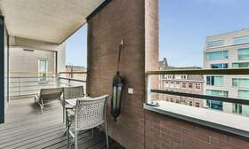 €2,250 / 1br - 125m2 - Unique 1 Bedroom Apartment Available Now (Amsterdam Center) - Upload photos 11