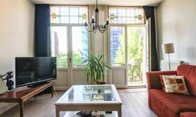 €1,650 / 2br - 75m2 - Furnished 2 Bedroom Apartment from 1 June (Amsterdam Old South) - Upload photos 2