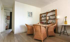€1,650 / 2br - 75m2 - Furnished 2 Bedroom Apartment from 1 June (Amsterdam Old South) - Upload photos 4