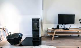 NEW: €1.775 / 1br - 70m2 - Furnished 1 Bedroom Apartment from 15 June (Amsterdam Pijp) - Upload photos 3