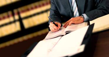 Lawyers & Legal services