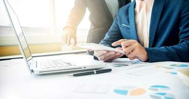 Financial advisors, consultants and services in the Netherlands